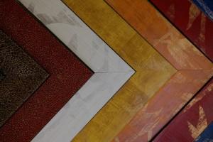 baguettes imitation galuchat, ou baguettes de couleur à motifs dorés