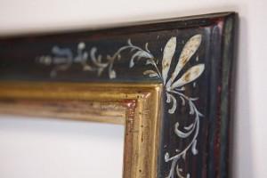 cadre italien à angles peints